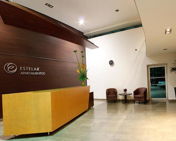 RECEPCIÓN Hotel ESTELAR Apartamentos Medellín